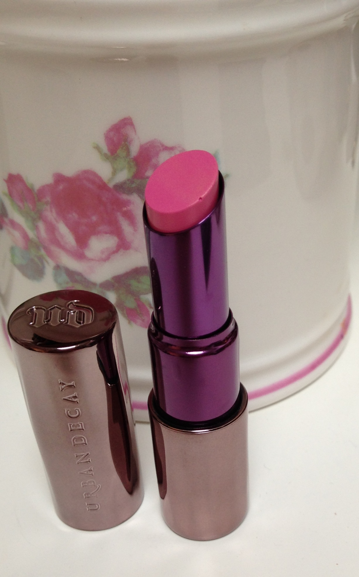 Urban Decay ~ Revolution Lipstick *